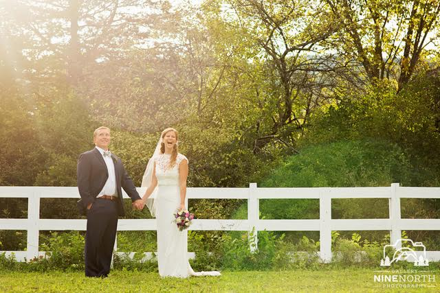 Adirondack wedding photographer selection tips.